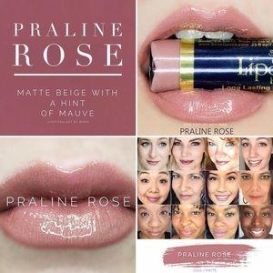 New and Sealed Praline Rose LipSense